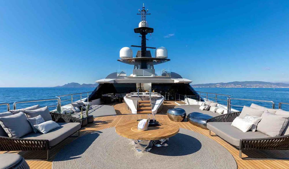 Superyacht SOLO 72M