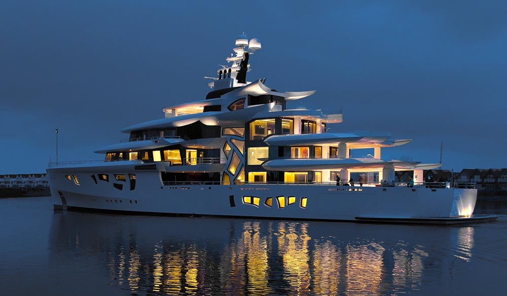 Artefact the fully hybrid 80-meter superyacht