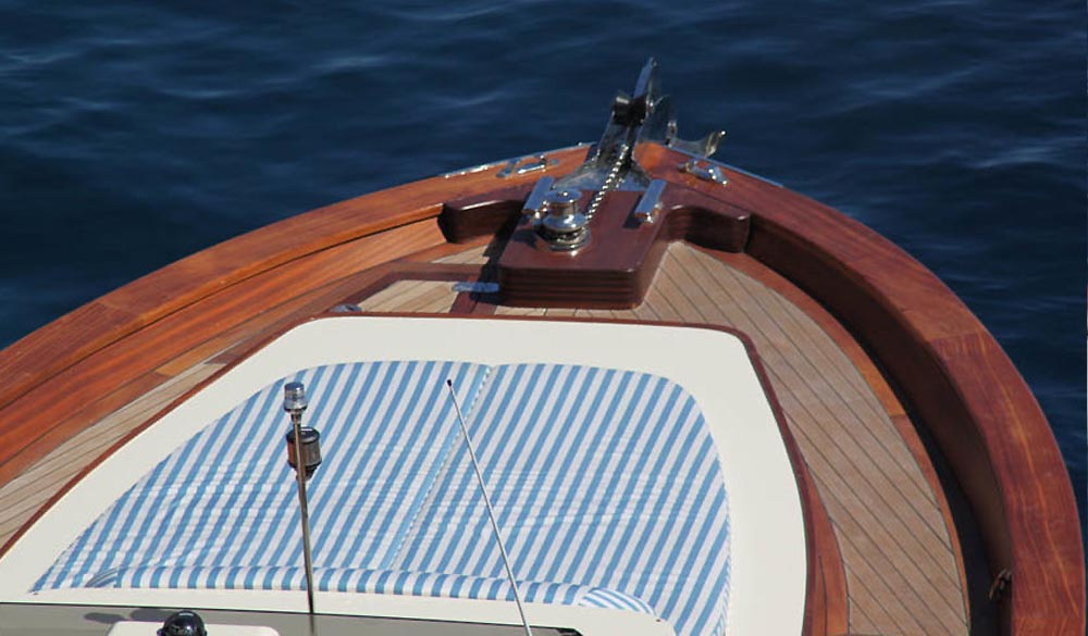 Wooden Boats WB 40' Classic