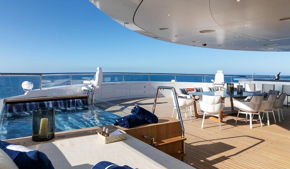 Luminosity SuperYacht Benetti